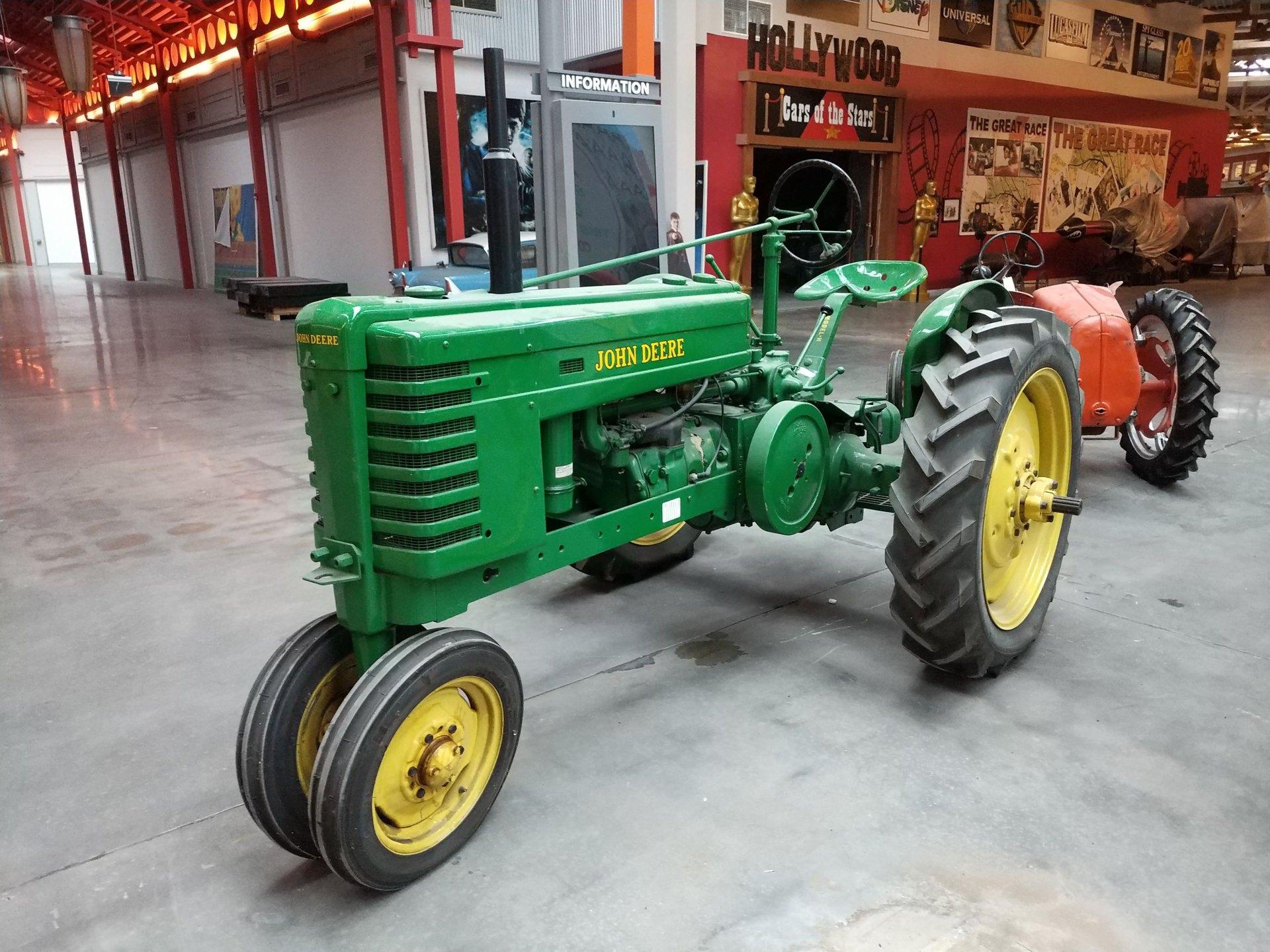 1945 john deere tractor