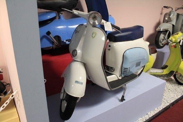 1961 AGRATI CAPRI 80D