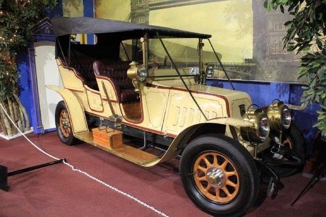 1909 renault replica type bh