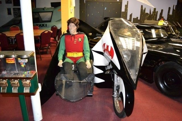 1966 BATMOBILE BATCYCLE
