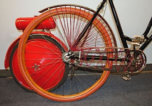 1890(s) ANTIQUE BICYCLE