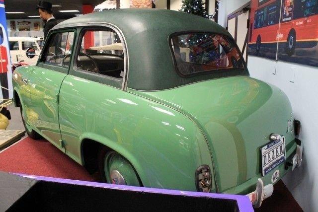 1954 LLOYD LP 400