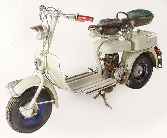 1952 lambretta scooter