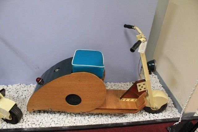 None listed wood bodied scooter clipper j linger