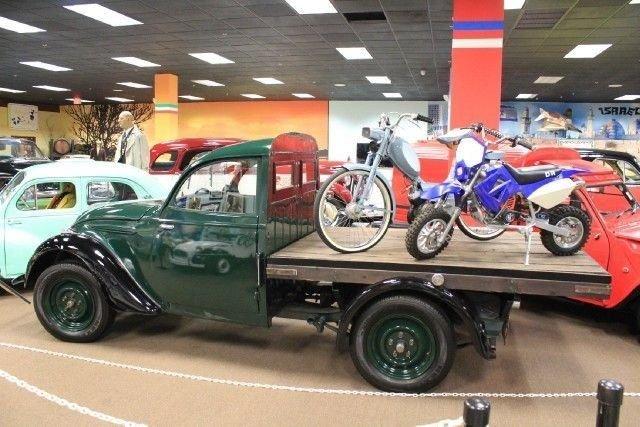 1949 Peugeot 202 CAMIONETTE