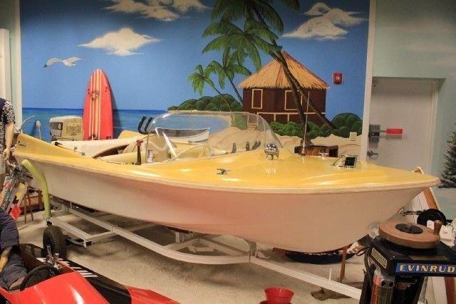 1959 razorback boat