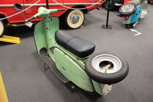 1973 CARINA S-170 SCOOTER