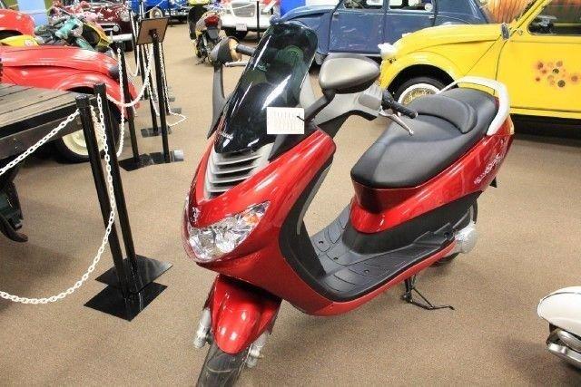 2002 peugot scooter