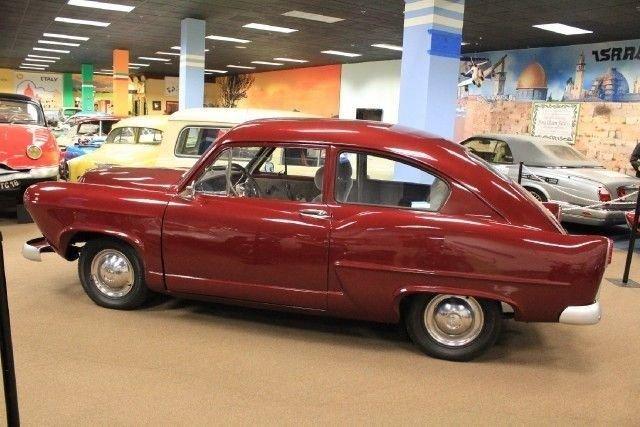 1951 Kaiser HENRY J