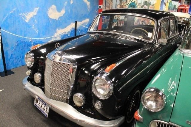 1958 MERCEDES 220SE For Sale