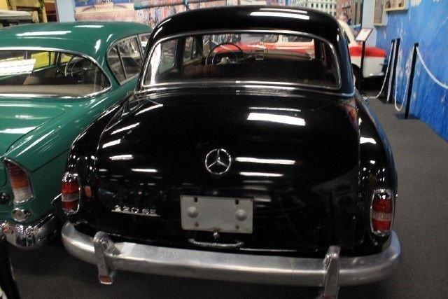 1958 MERCEDES 220SE