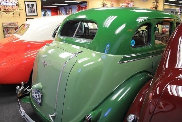 1936 Chrysler Airstream