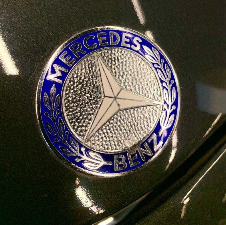 1964 MERCEDES 230 SL