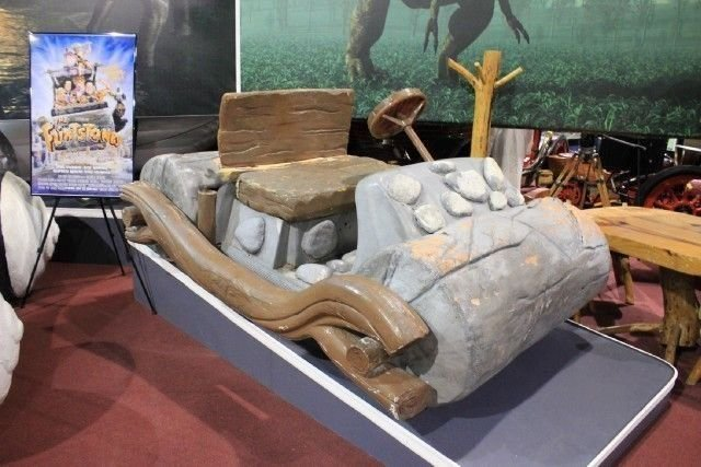 NONE LISTED FLINTSTONES FLINTMOBILE