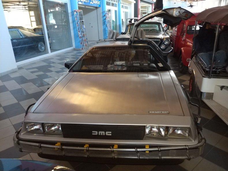 1981 DeLorean COUPE