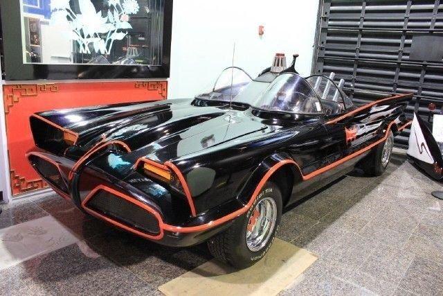1966 lincoln batman v8 batmobile
