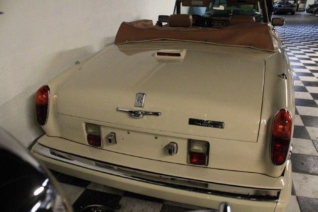 1991 ROLLS ROYCE Corniche III