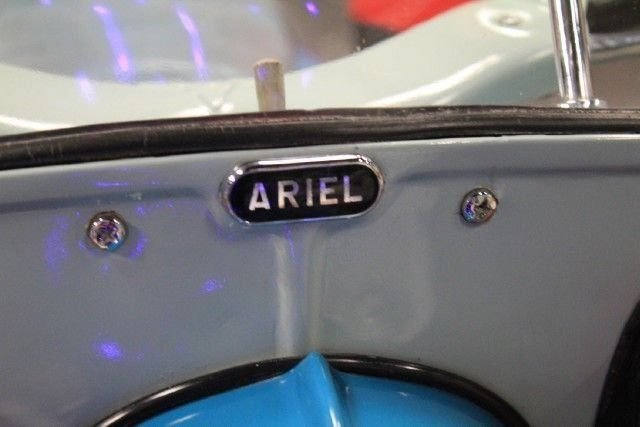 1959 Ariel Leader