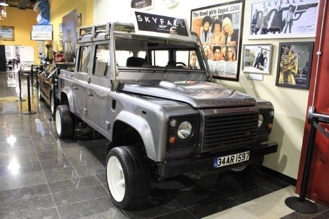 2012 Land Rover DEFENDER DOUBLE CAB For Sale