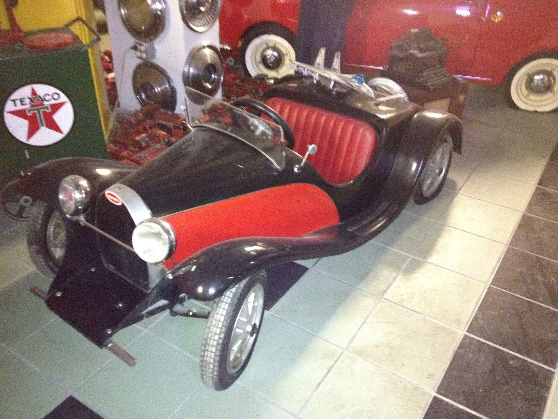 Bugatti mini convertible