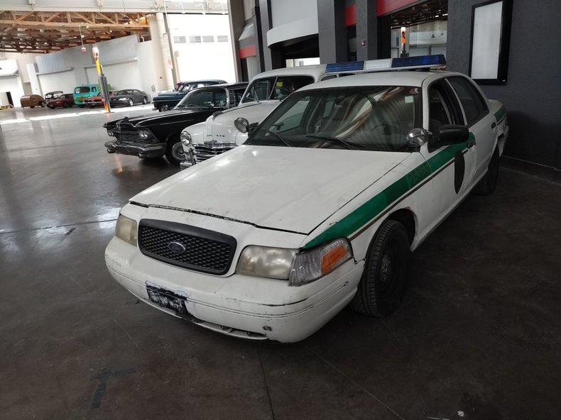 n/a Ford Crown Victoria