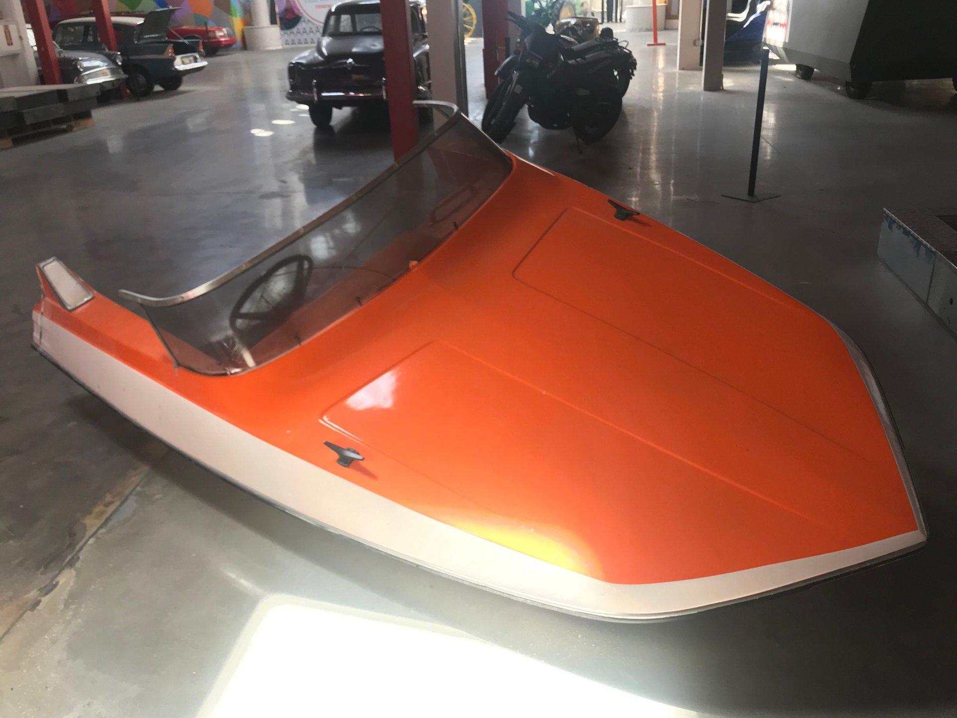 Glastron gt 150 james bond boat