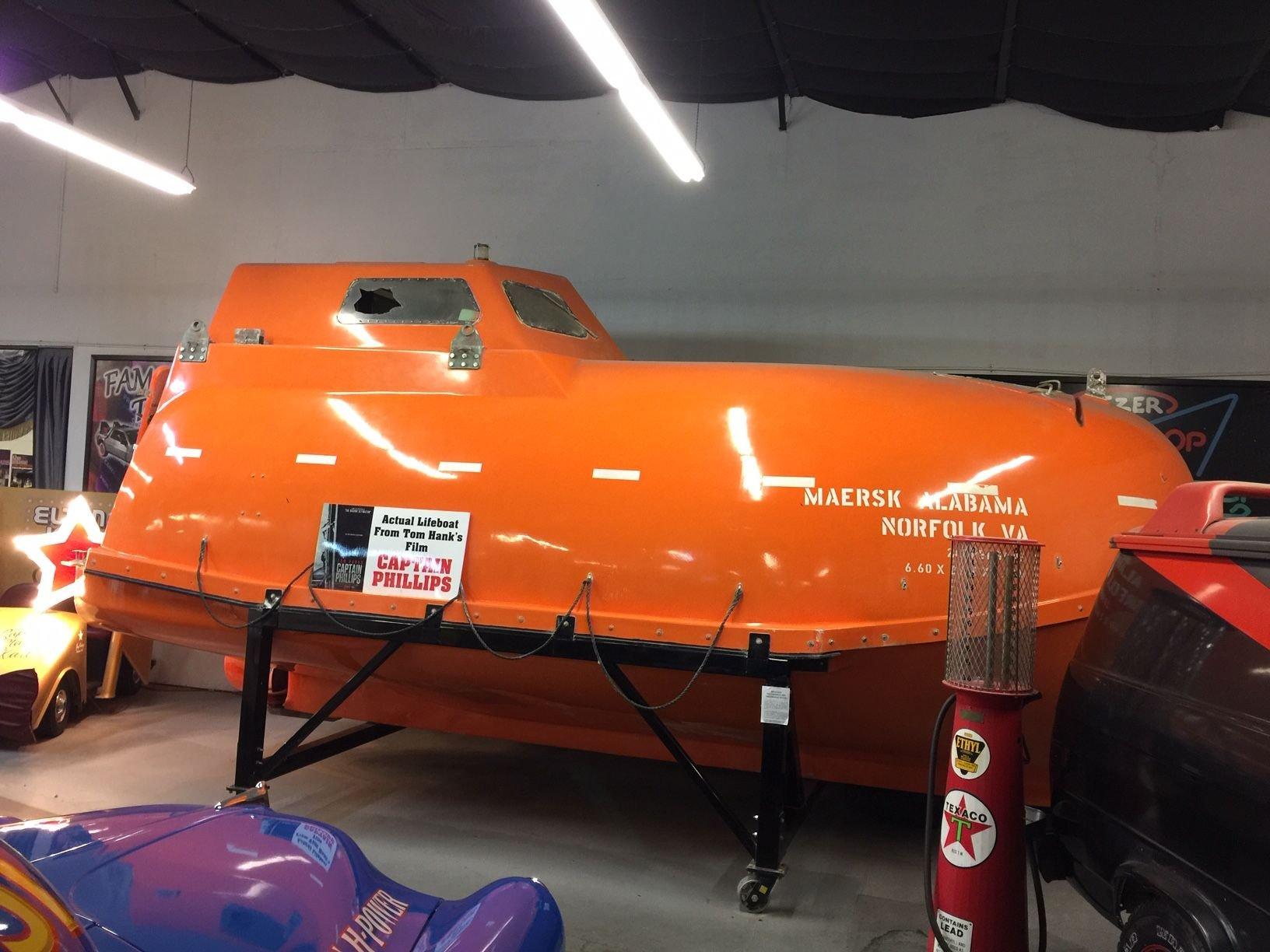 N a tom hanks lifeboat