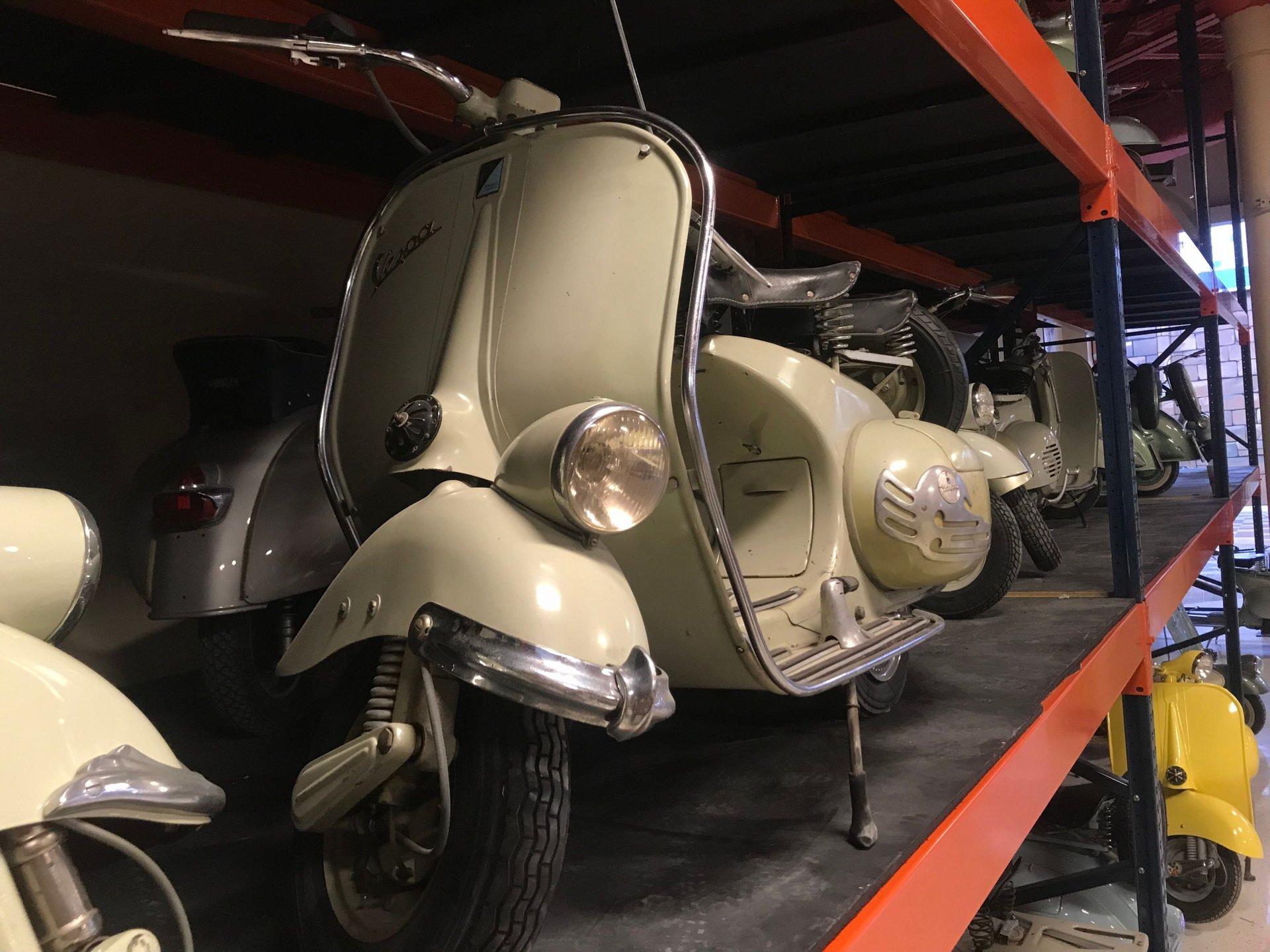 1953 vespa 125 vm1