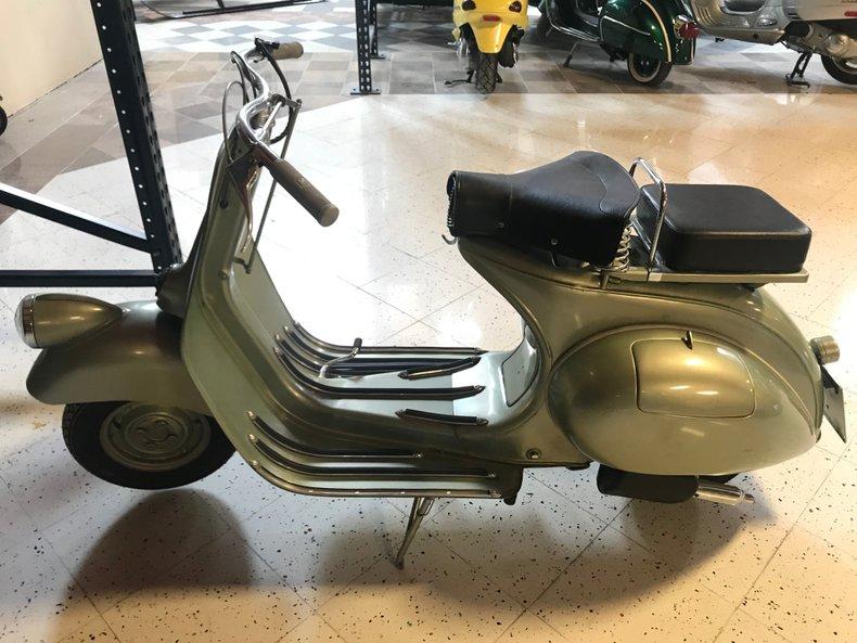 1949 VESPA 125 V11