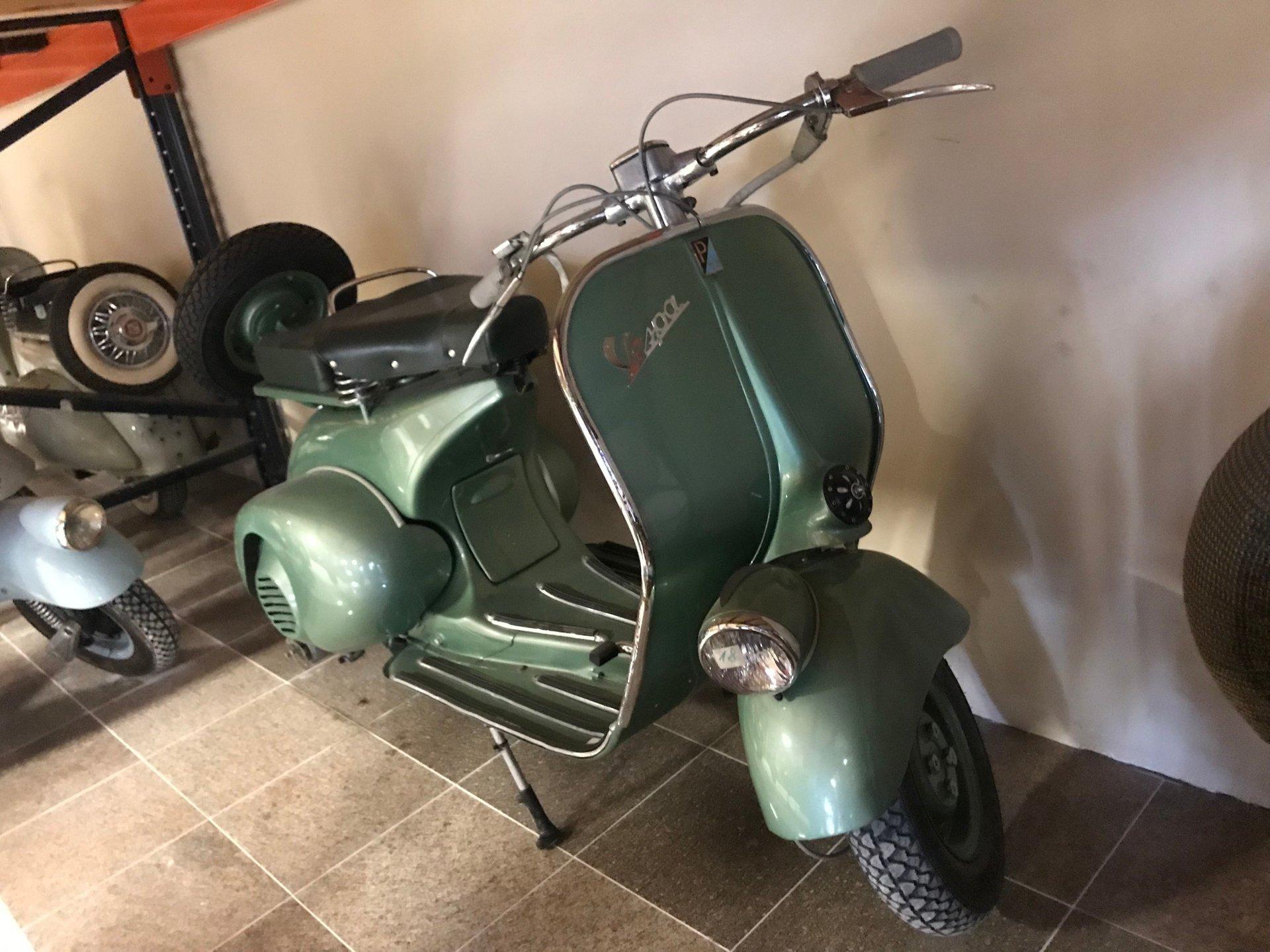 1951 vespa 125 v32