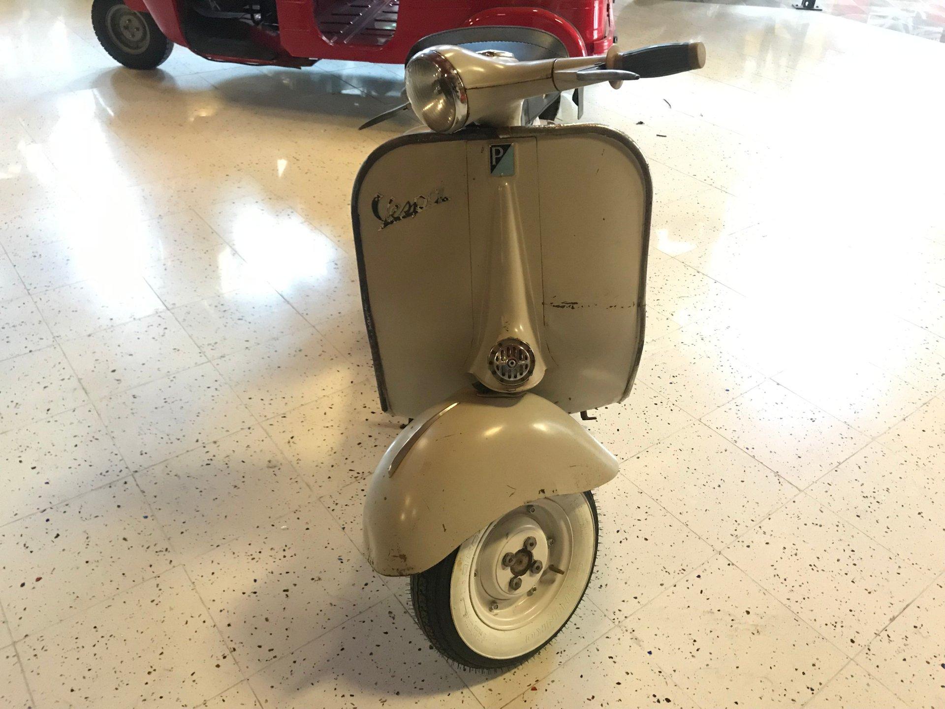 1958 vespa 125 v11