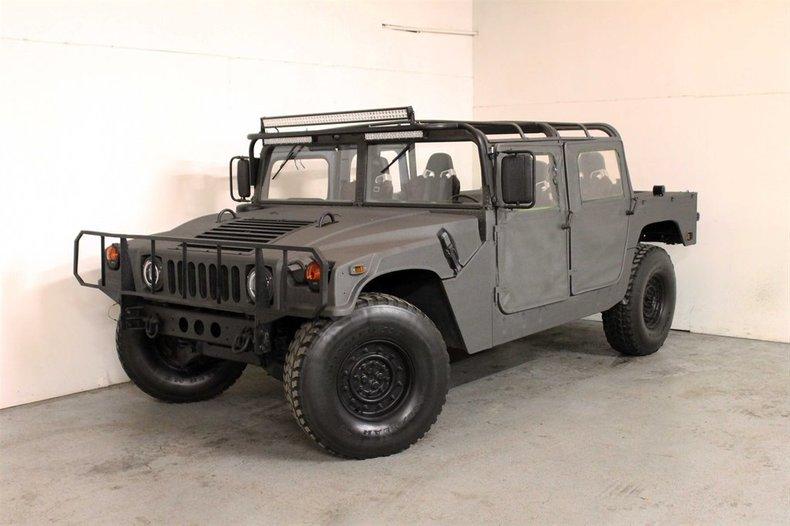 1992 Am General M998