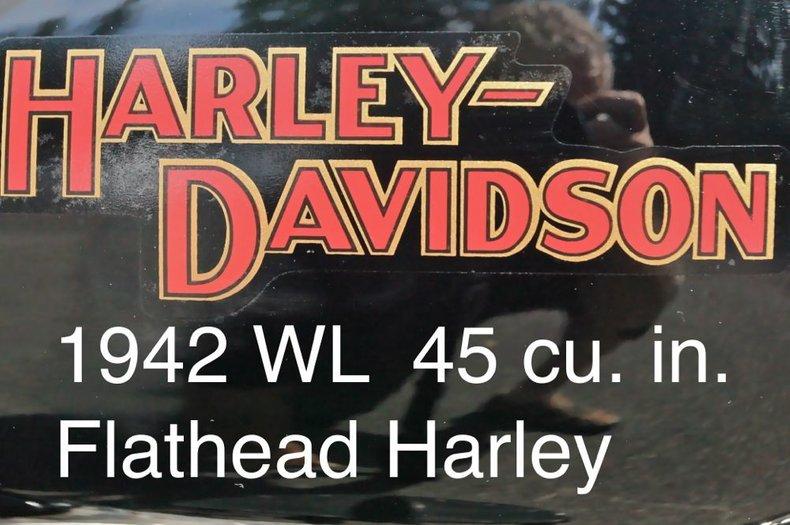 1942 HARLEY-DAVIDSON Restored