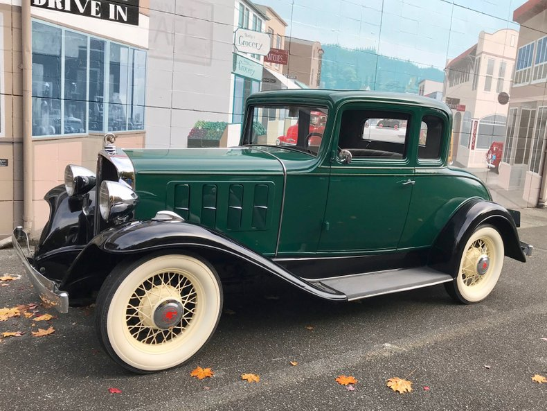 1932 Pontiac Business Coupe
