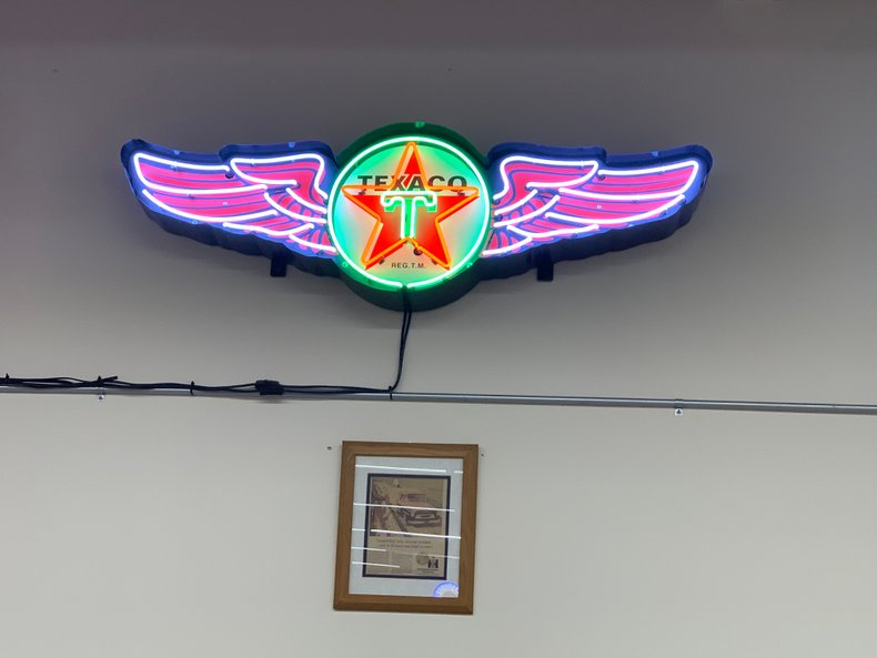 5' SPAN TEXACO NEON SIGN