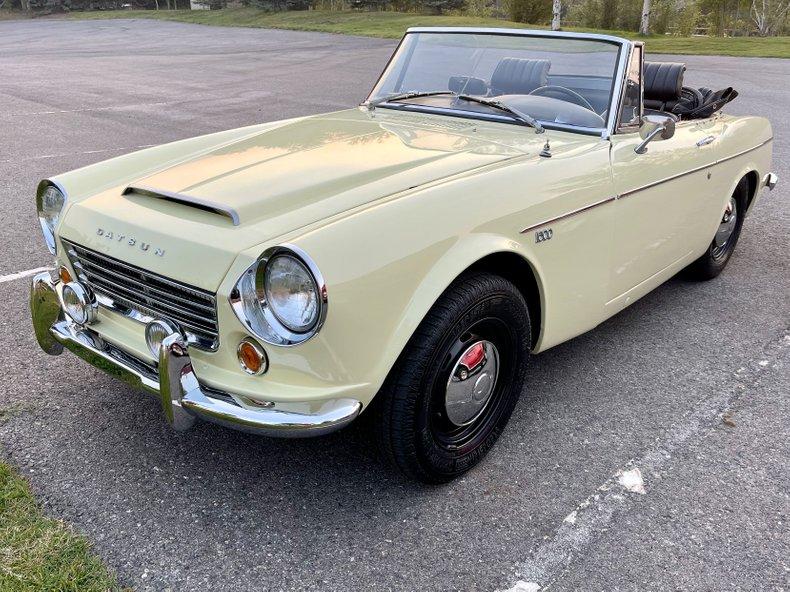 1967 Datsun FairyLady