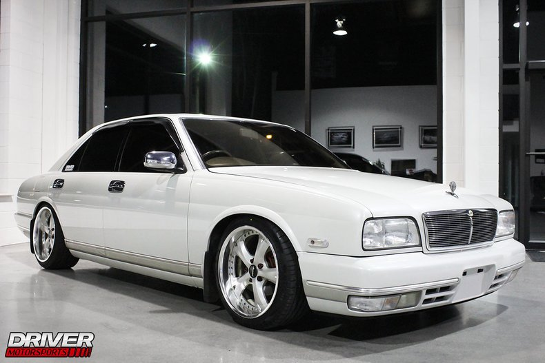 1993 Nissan Cima V8