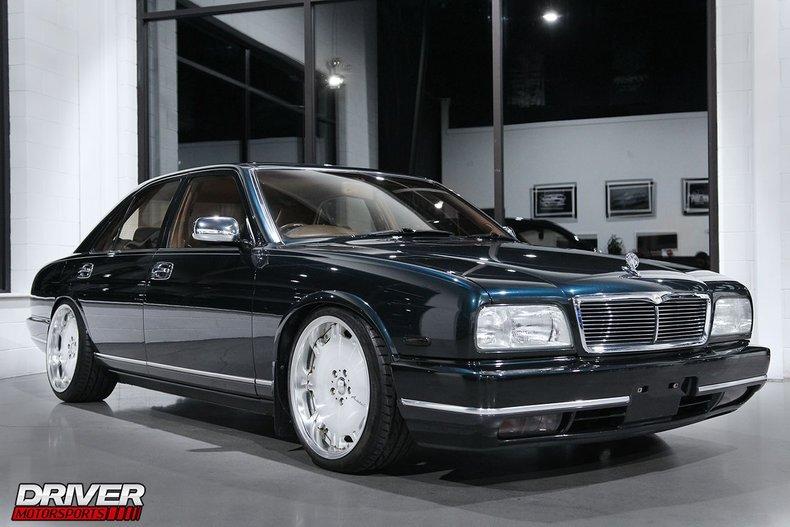 1992 Nissan V8 CIMA VIP