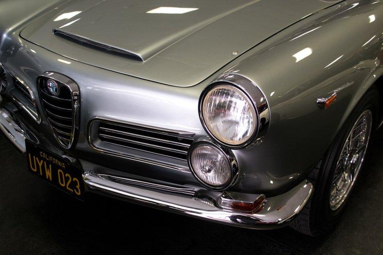 1967 Alfa Romeo 2600 Spyder