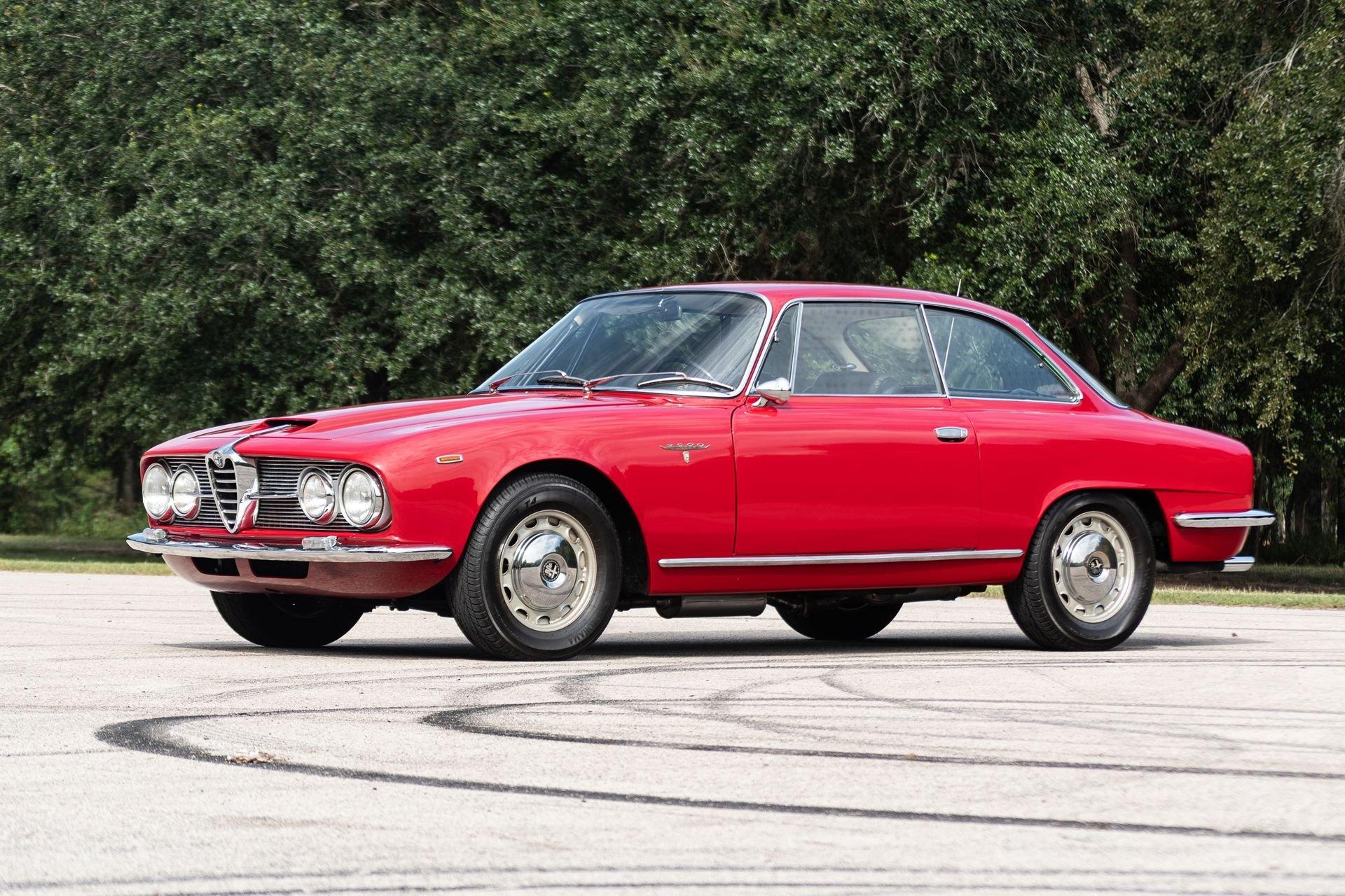 1966 alfa romeo 2600 sprint