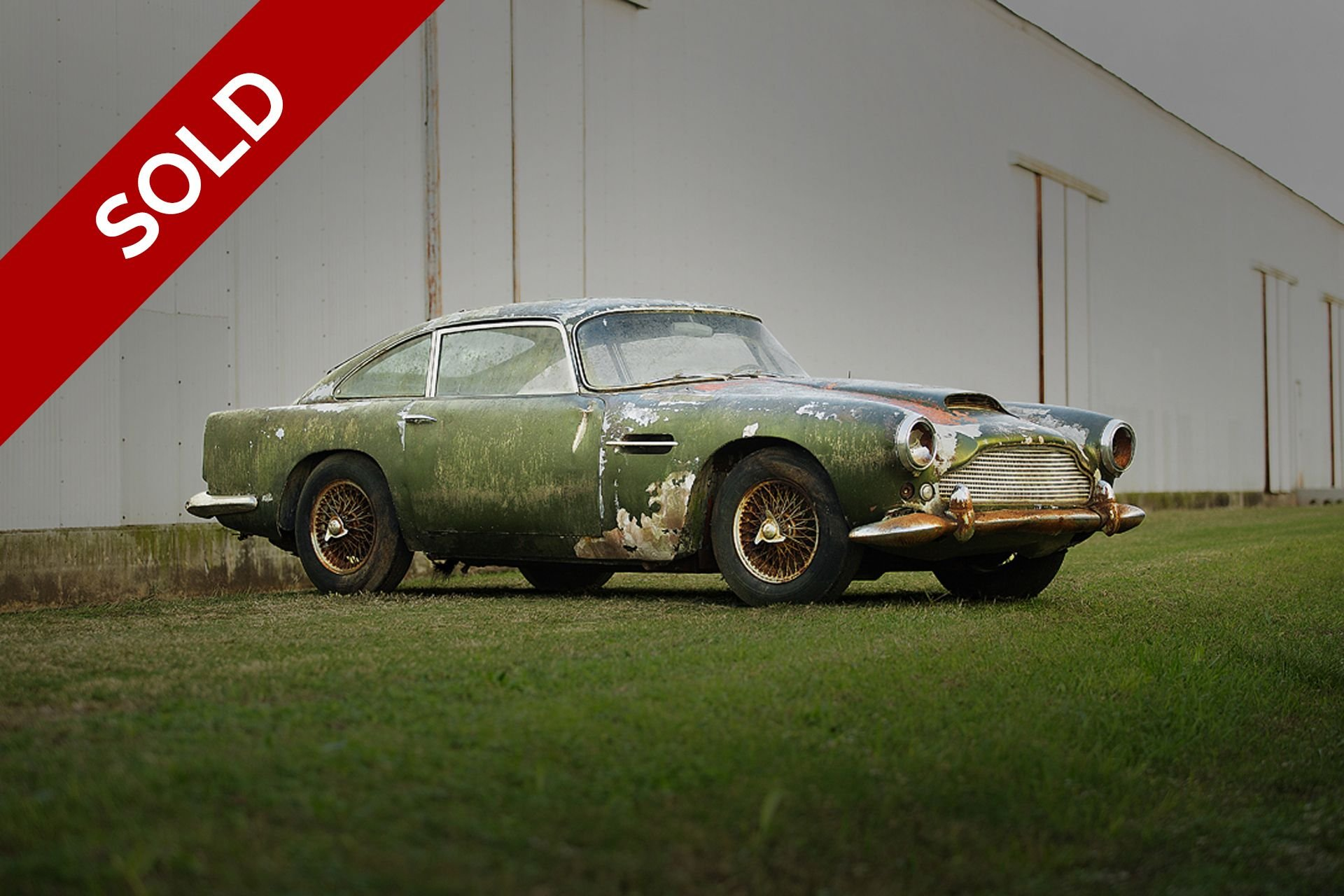 Sold 1960 aston martin db4