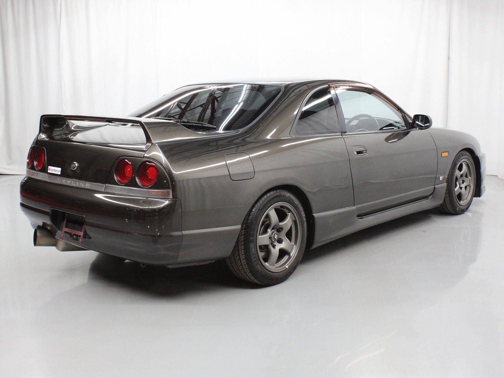 1994 Nissan Skyline