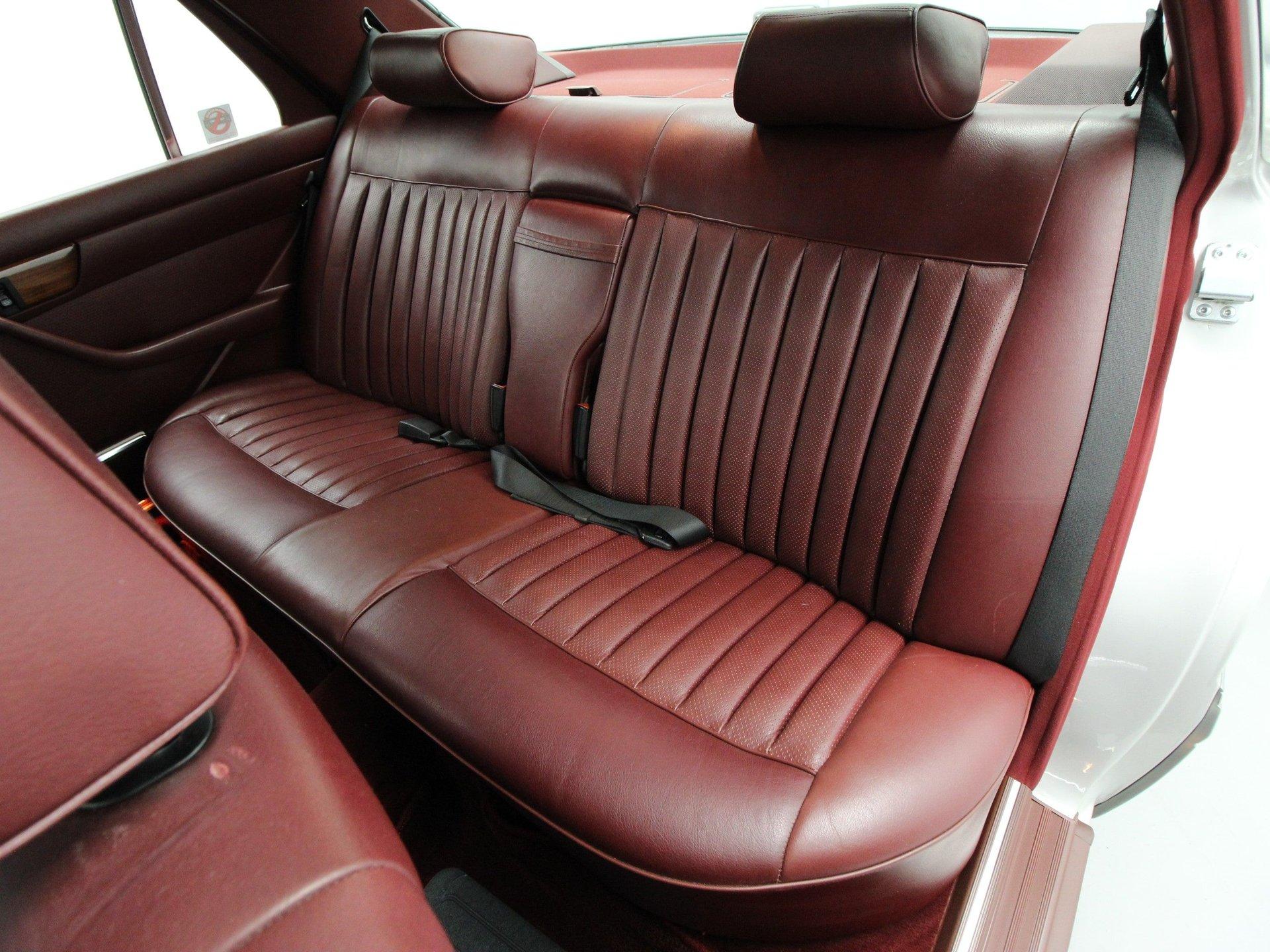 1988 Mercedes-Benz 300