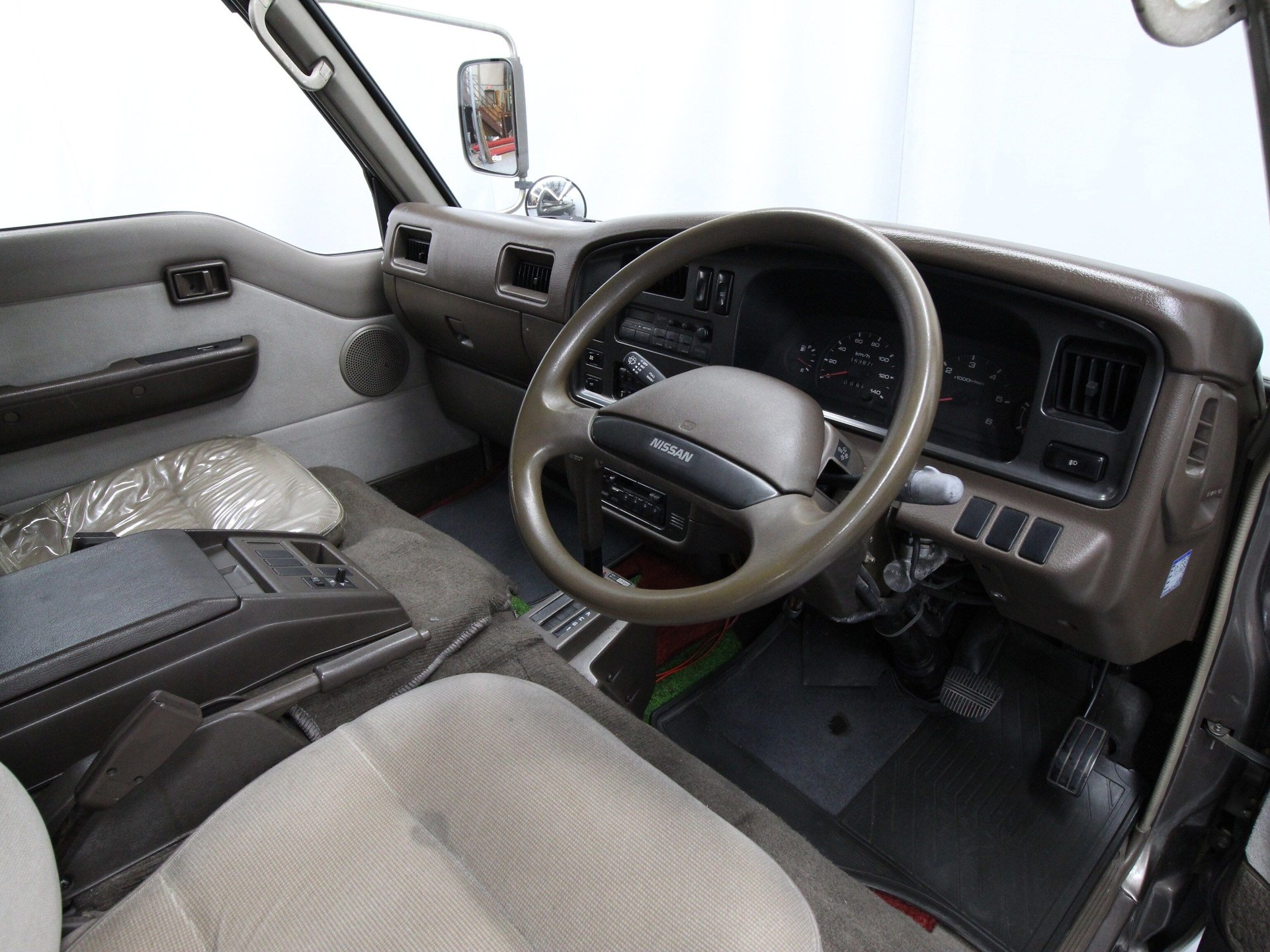 1992 Nissan Caravan