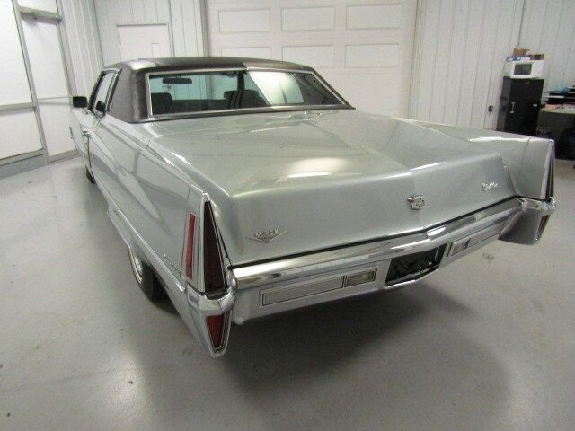 1970 Cadillac Coupe DeVille