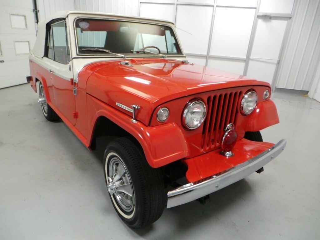 1967 Kaiser Jeep Jeepster