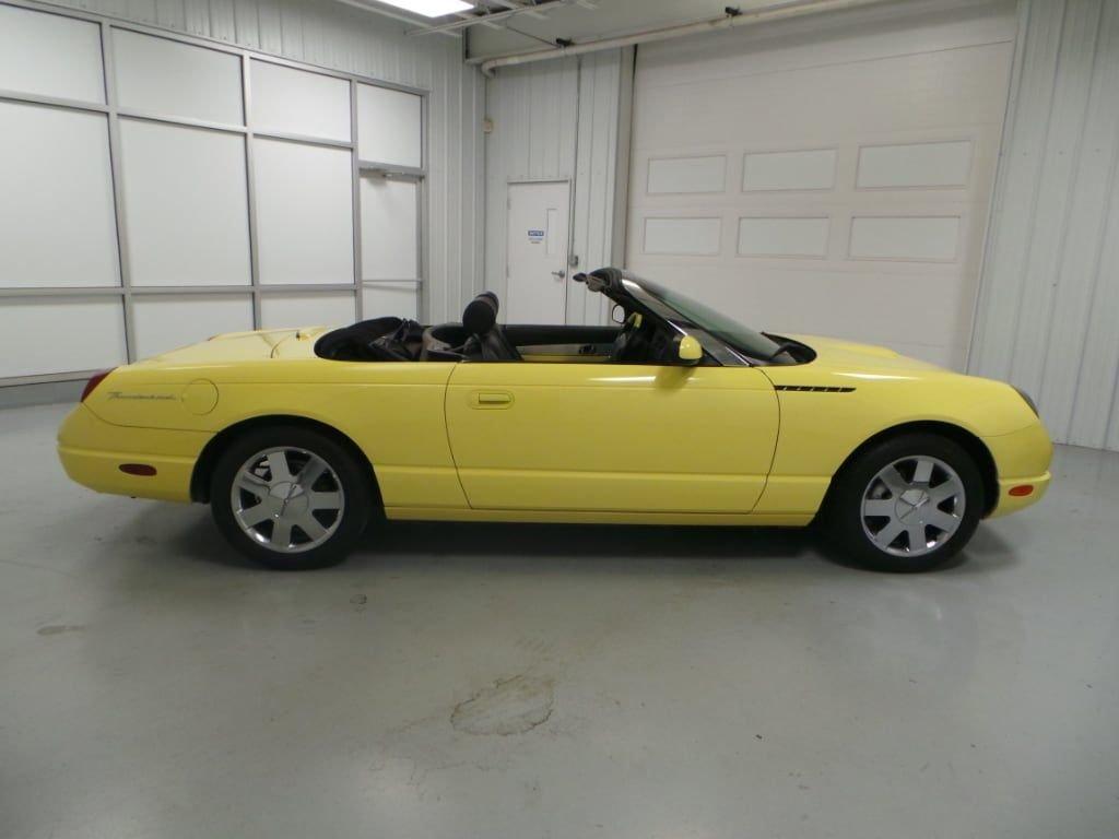 2002 Ford Thunderbird