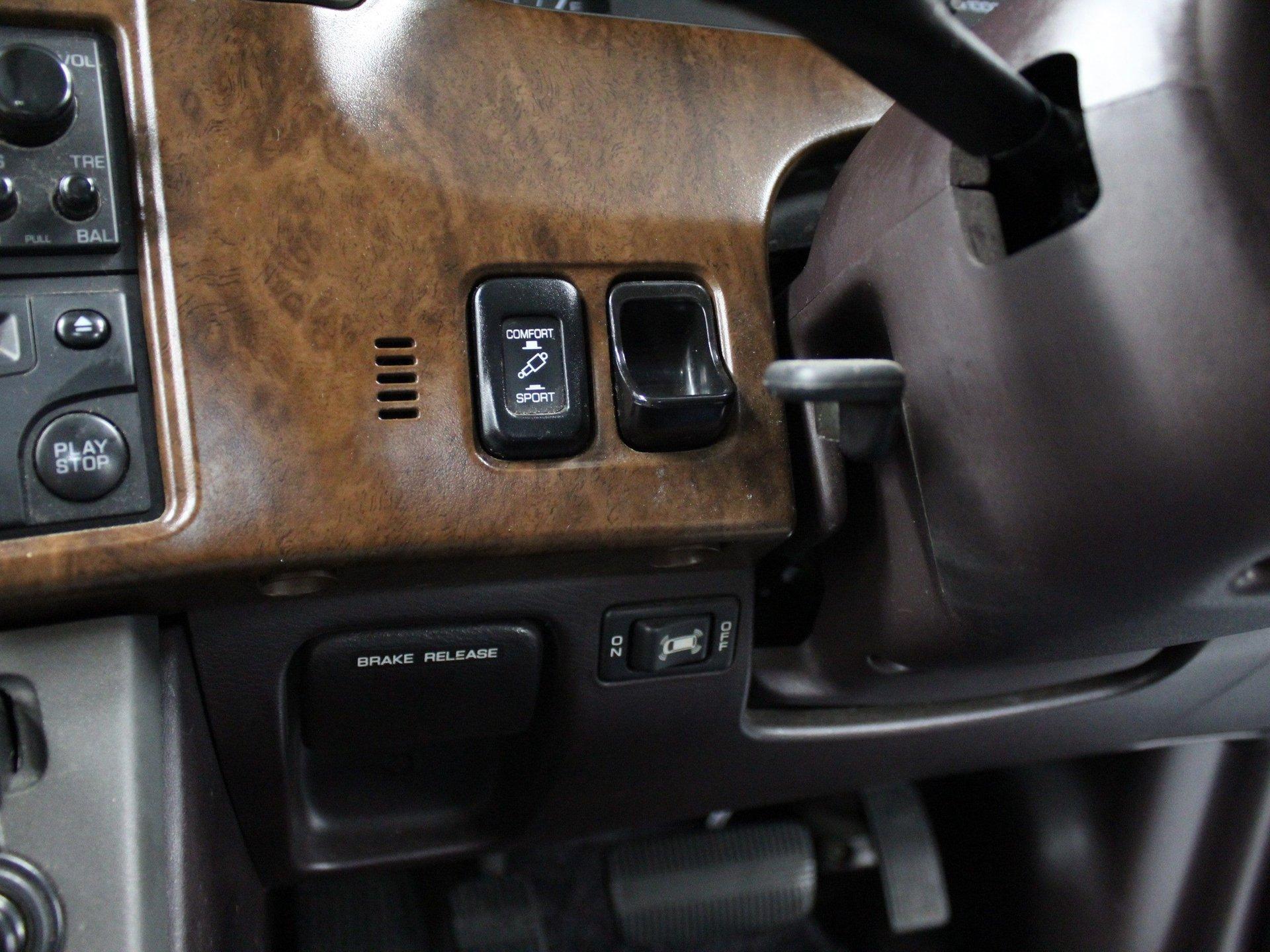 1994 Nissan Largo