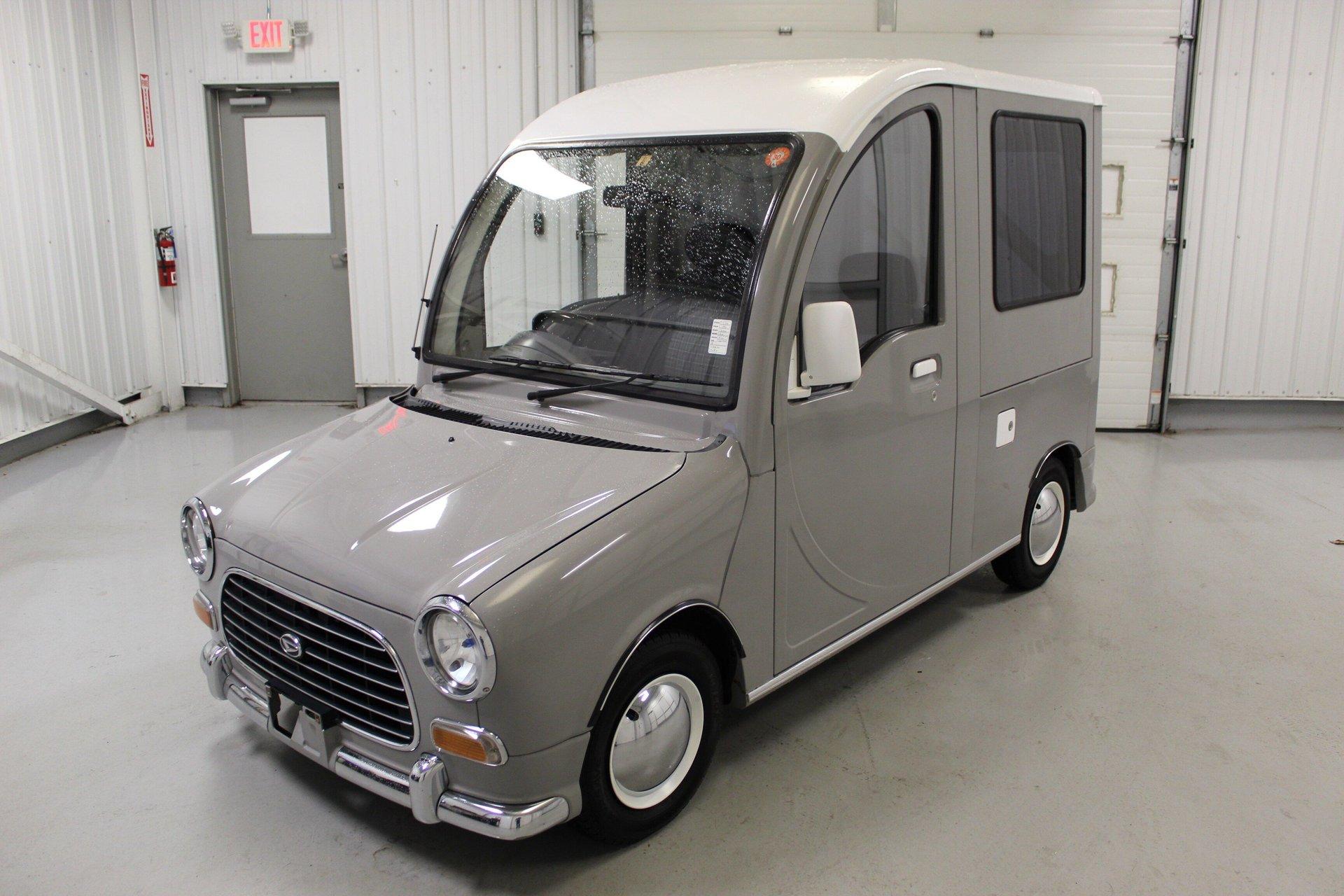 1992 Daihatsu Mira