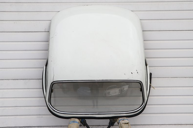 Reutter Pop-Out Window Hardtop